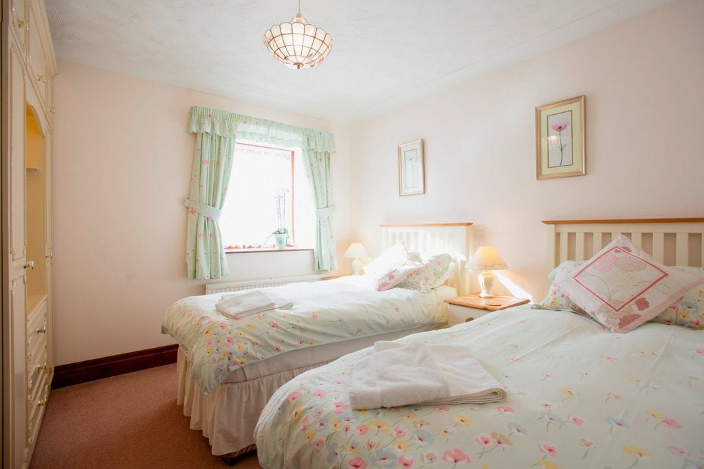 Barn Cottage Twin Bedroom