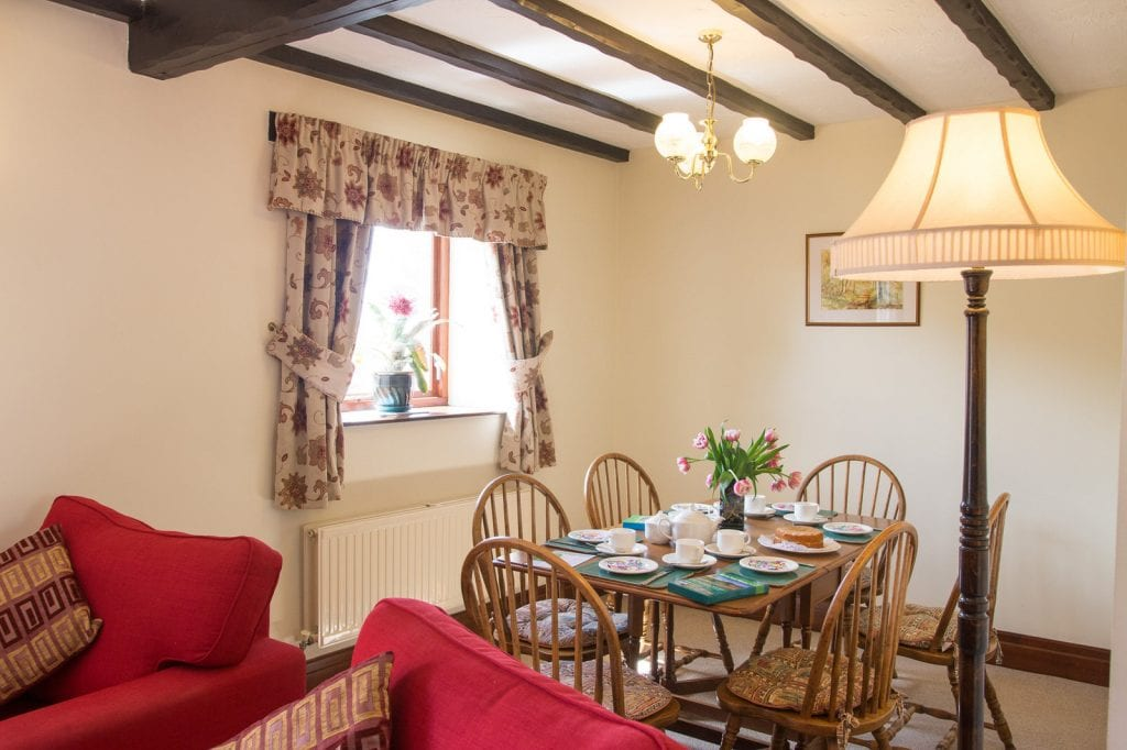 Barn Cottage Dining Area