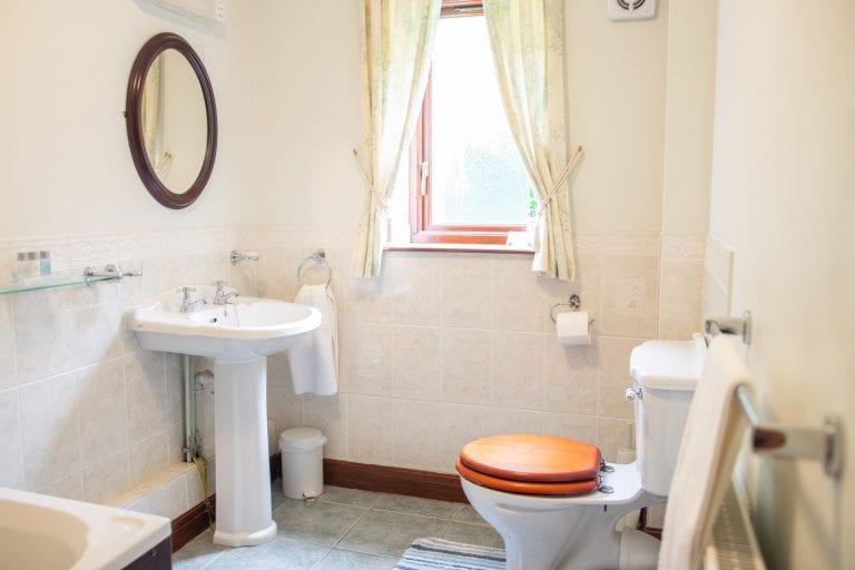 Smithy Bathroom